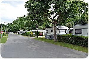 dcc campingplatz kladow campingpl tze und zeltpl tze in berlin berlinstadtservice. Black Bedroom Furniture Sets. Home Design Ideas