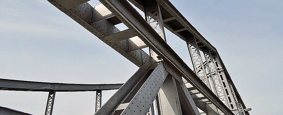 Brueckenpfeiler in Berlin
